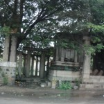 There are lots of ruins all over